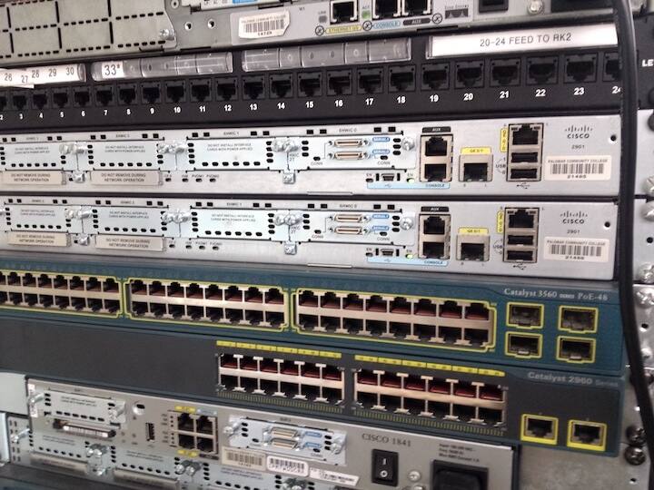 Rack with Cisco 1841 & 2901 router with Cisco Catalyst 3560 & 2960-24TT-L Switches